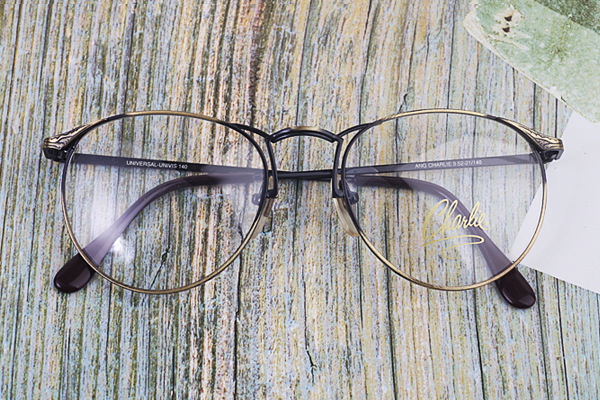 vtg-447Ang charlie glossy antique gold rim